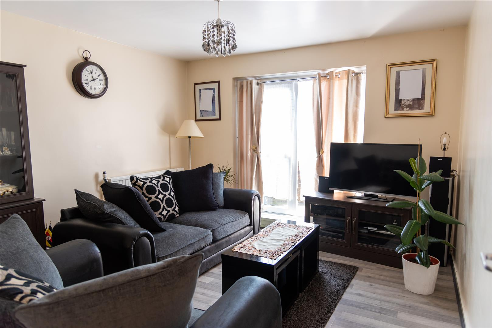 1 Bedroom Maisonette For Sale in Gresley Close,